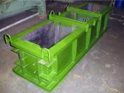 Виброформа для производства блоков стен подвалов